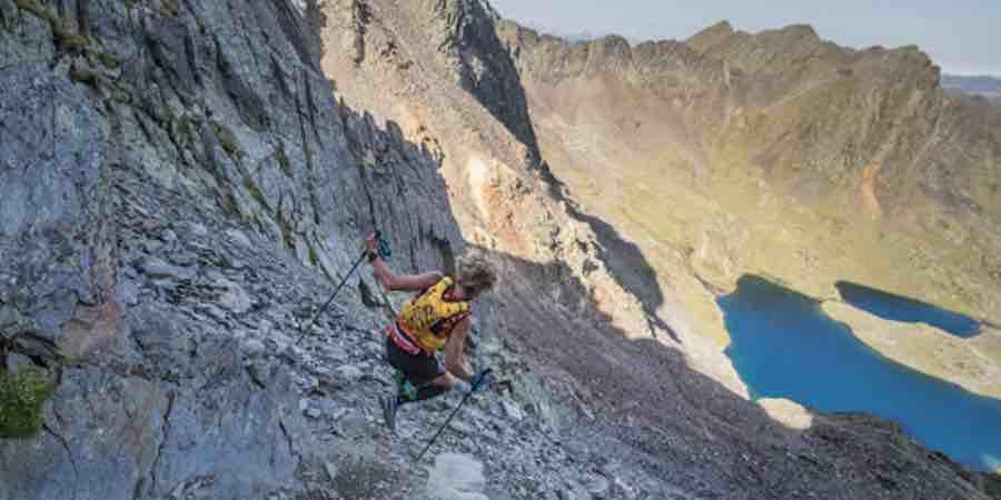 Aventura y trailrunning en los Pirineos. Foto de Guillem Casanova