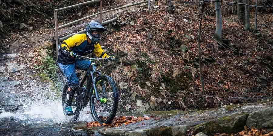 Enduro mtb, enduro bici, bicicleta de enduro, enduro españa, mochila para enduro, mejor piñonera enduro,