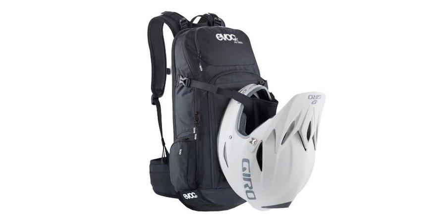 Mochila enduro bici para llevar el casco y con protecciones, mochila enduro mtb con protección